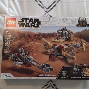 LEGO Star Wars 75299 Trouble on Tatooine The Manda